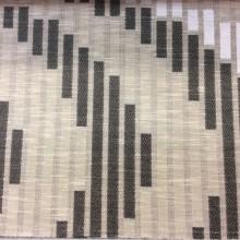 Ткань с хлопковой нитью и абстрактным геометрическим рисунком Supreme, col Charcoal. Бельгия, Европа, портьерная плотная ткань. Молочный, серо-бежевый, чёрный меланжевый оттенки. Ширина 1,48 м