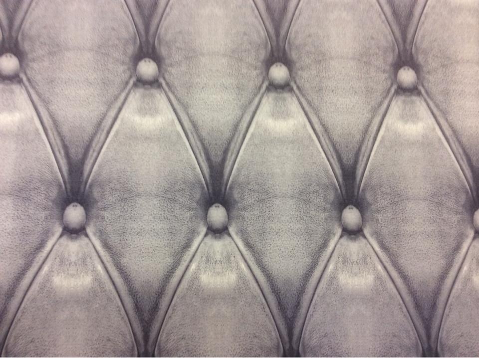 Портьерная ткань в стиле 3Д в Москве Geomertic, col 07. Испанский каталог ткани. Имитация кожаного покрытия в сиренево-серых оттенках