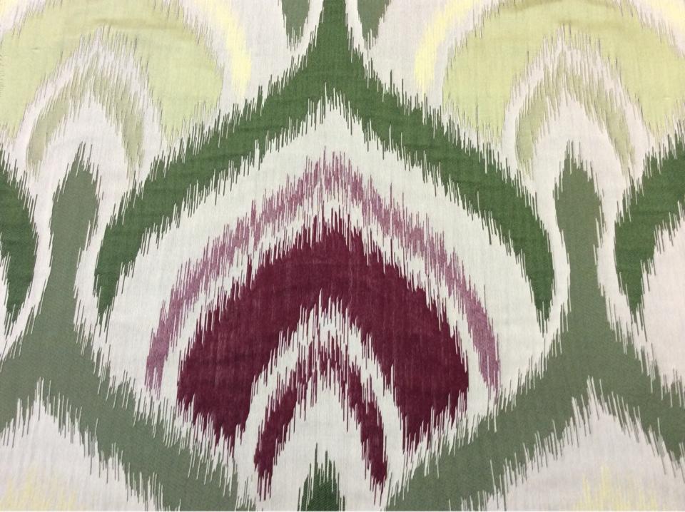 """Купить рельефную ткань в восточном стиле с вискозной нитью, Стилизованные """"дамаски"""" в бежевых, бордовых, зелёных и жёлтых оттенках, Высота 3 метра, Samarkand, col 07, Итальянский каталог ткани для штор на заказ."""