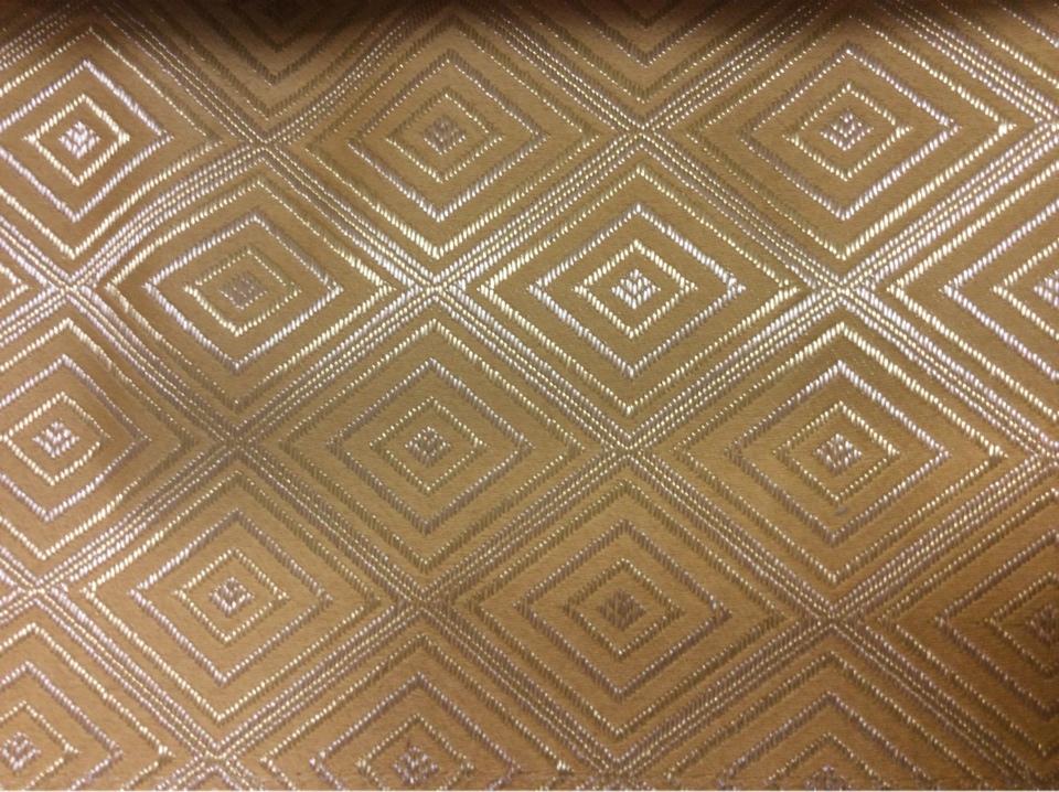 Атласная ткань с геометрическим рисунком, Ромбы (5см) в желто-золотистых оттенках, Высота 3 метра, 2384/28, Франция.