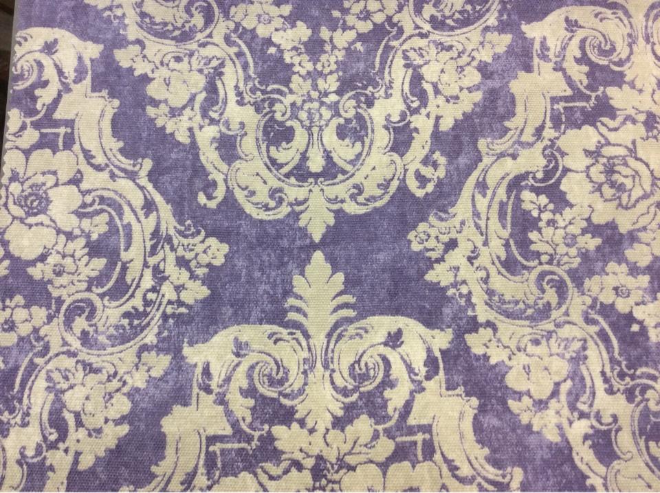 """Портьерная плотная ткань в классическом стиле, На фиолетовом фоне светлые крупные """"дамаски"""", Высота 2,80, Super Alhambra Donana, col Lila, Испанский каталог плотной портьерной ткани для пошива штор на заказ."""