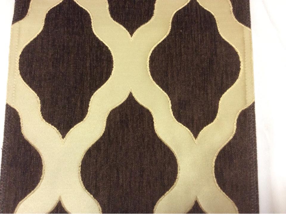 Купить атласную ткань с набивкой из шенилла, На золотистом фоне ромбовидные фигуры шоколадного цвета, Высота 3,0, Арт: Morocco, col 24, Италия.