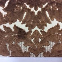 Купить элитную натуральную ткань с бархатной набивкой в Москве, На светлом фоне «дамаски» коричневого оттенка, Ширина 1,40, Bosco, col 12, Итальянский каталог ткани для штор на заказ.