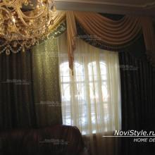 Тяжелые портьеры для классической гостиной