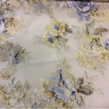 Ткань из органзы с цветочным рисунком Isabelle 3