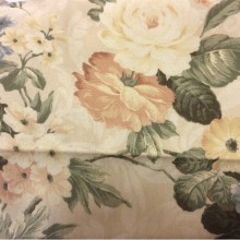 Ткань атлас с розовыми и голубыми цветками Raya 1008. Турция, полиэстер, портьерная ткань. На кремовом фоне розовые, голубые цветы