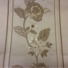 Портьерная ткань из атласа, вискозы с вышивкой Isernia, цвет Cappuccino. Европа, Бельгия, в классическом стиле. На бежевом фоне бронзовые цветы