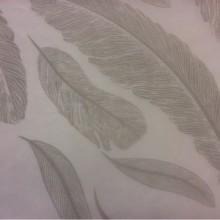 Купить тонкий тюль с перьями в Москве 2521/29. Италия, Европа, тюль для штор. На прозрачном фоне угадываемый рисунок ( перья) зеленовато — серого оттенка