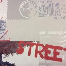 Блэкаут в интернет-магазине с доставкой по Москве Berlin, col 1015. Турция, портьерная ткань для штор. Газетная, городская тематика в бежево-чёрно-красных оттенках