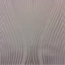 Портьерная ткань из атласа с добавлением льна в интернет-магазине Москвы Арт: 2526/10. Италия. Гибкие вертикальные линии молочного оттенка