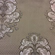 Итальянский жаккард в элитном магазине тканей Арт: 1320B, col 3. Итальянский каталог ткани для штор. Золотисто-шоколадные «дамаски» на фоне бронзового оттенка