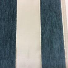 Атласная ткань с набивкой из шенилла, Ванильный фон, шенилл цвета тёмной бирюзы, Высота 3,0, Арт: Morocco, col 02, Итальянский каталог ткани для пошива штор на заказ.