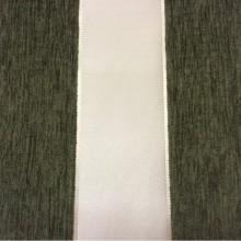 Купить атласную ткань с набивкой из шенилла, Ванильный фон, шенилл травянистого цвета, Высота 3,0, Арт: Morocco, col 06, Итальянский каталог ткани для пошива штор на заказ.