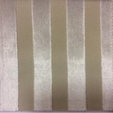 Натуральная ткань с бархатного набивкой на заказ в интернет-магазине, На светлом фоне вертикальные полоски ванильного оттенка, Ширина 1,40, Bosco, col 34, Итальянский каталог элитной ткани для пошива штор на заказ.