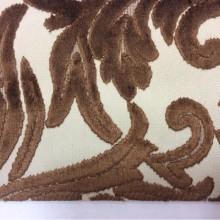 Заказать натуральную ткань с бархатной набивкой и растительным орнаментом в интернет-магазине, На светлом фоне ветви и листья коричневого оттенка, Ширина 1,40, Bosco, col 11, Италия.