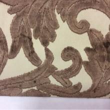 Купить элитную натуральную ткань с бархатной набивкой и растительным орнаментом, На светлом фоне ветви и листья шоколадного оттенка, Ширина 1,40, Bosco, col 43, Итальянский каталог ткани для штор на заказ.