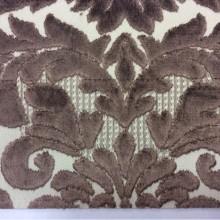 Заказать натуральную ткань с бархатной набивкой, На светлом фоне «дамаски» шоколадного цвета, Ширина 1,40, Bosco, col 44, Итальянский каталог ткани для пошива штор на заказ.