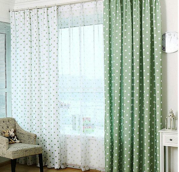 Белая ткань в горох для штор