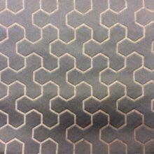 Атласная ткань с мелким геометрическим рисунком в современном стиле