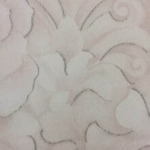 Плотная тюлевая ткань из батиста с густым нанесением флористического рисунка