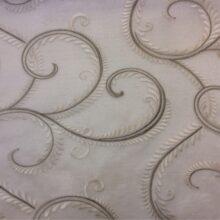 Плотная органза премиум-класса со стилизованным растительным орнаментом (вышивка)