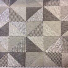 Портьерная ткань треугольники в бежево-серых тонах