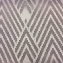 Тюлевая серая ткань из батиста с нанесением крупного геометрического рисунка