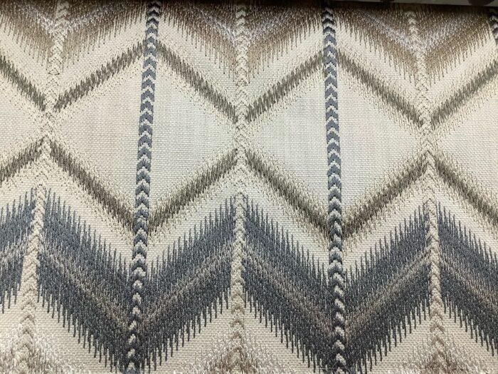 Портьерная ткань с вышивкой в этническом стиле