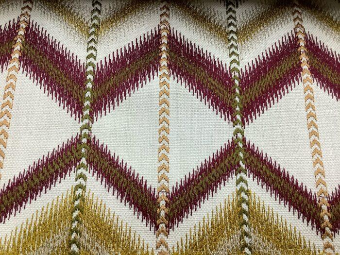 Портьерная ткань с вышивкой в этническом стиле из Испании