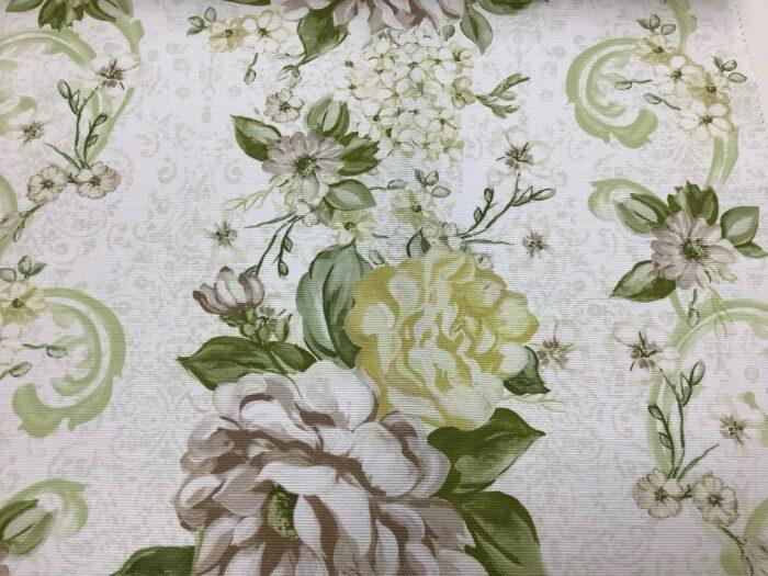 Портьерная ткань из хлопка с цветочным орнаментом светло-зеленая