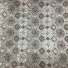 Испанская ткань с геометрическим орнаментом в серебристо-серых оттенках