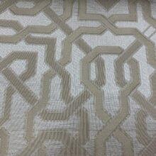 Портьерная жаккардовая ткань с геометрическим орнаментом в ванильно-бежевых оттенках
